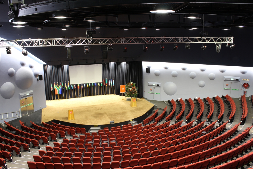 Uj Auditorium Education Projects Regent Lighting Solutions