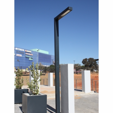 Aluminium Pole 150 x 100