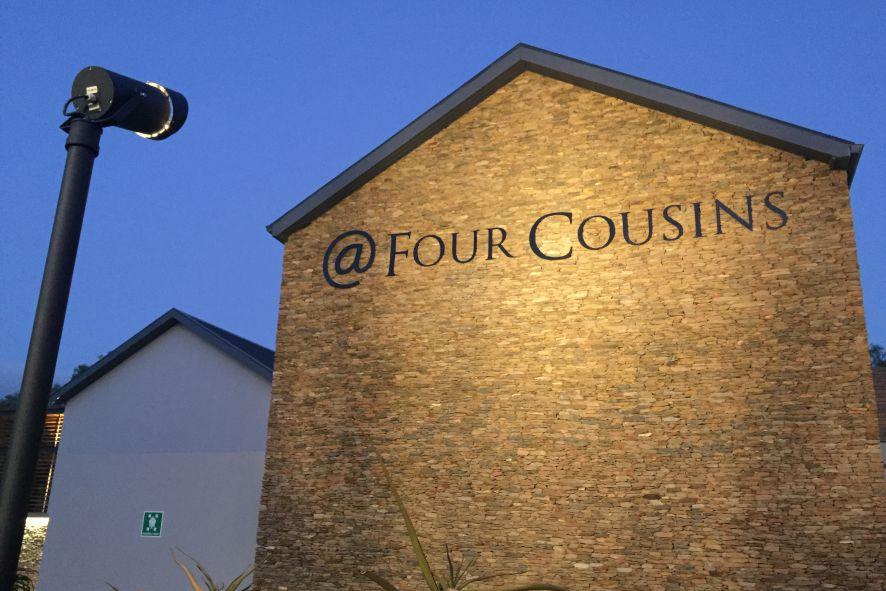 @ Four Cousins Robertson