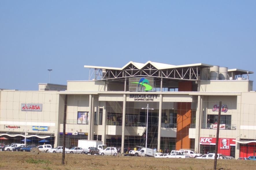 Bridge City Shopping Centre