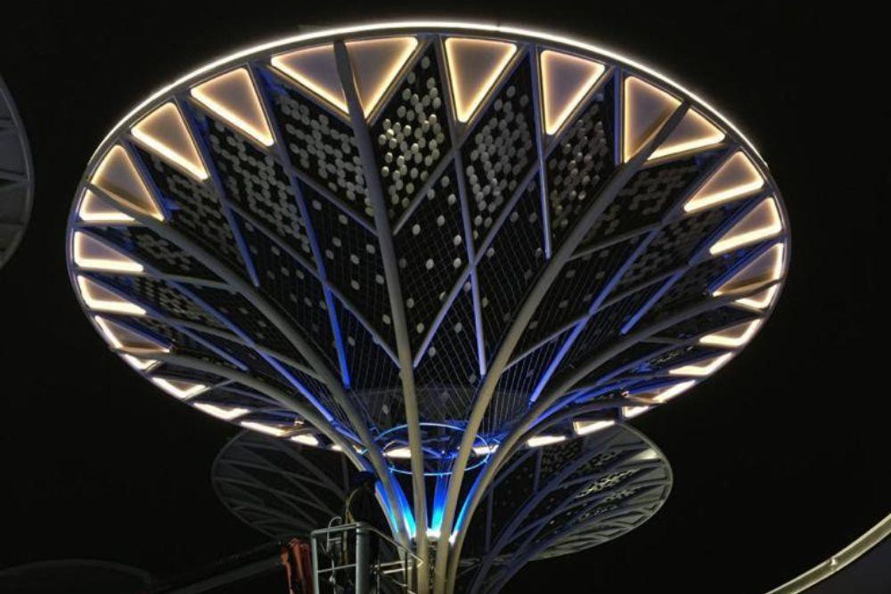 Eastgate Tree Light