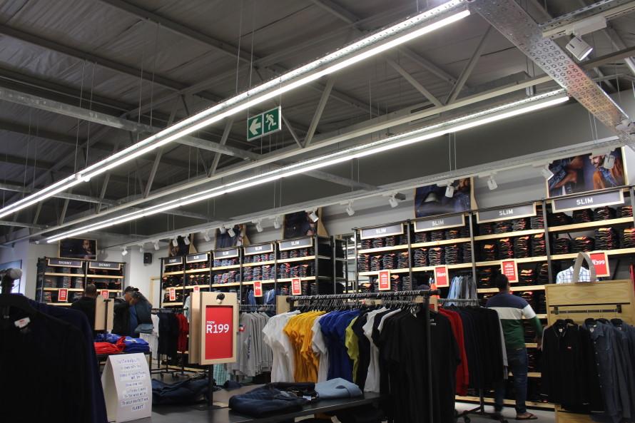 Levi's Store Access park