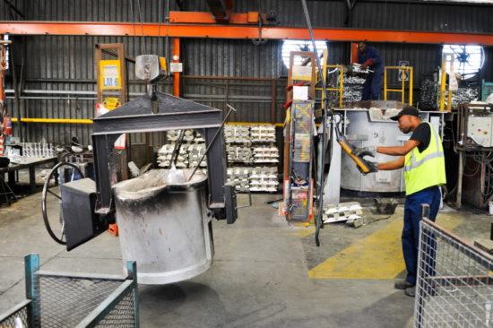 RLS Factory | Crane Operated Aluminium Transporter